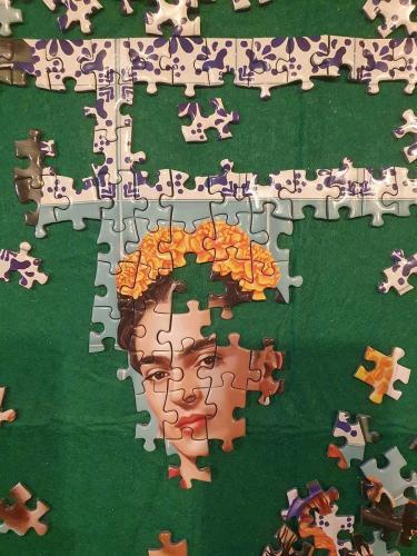 Finish a jigsaw