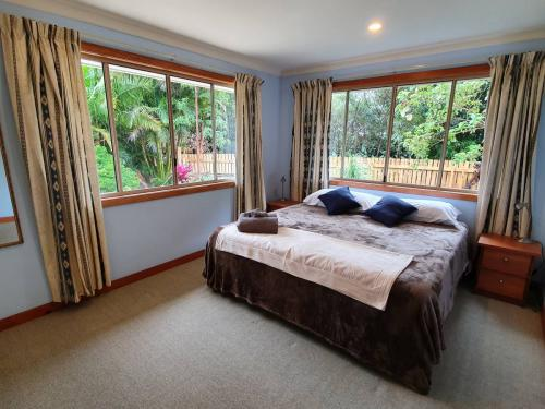 King or twin bedroom (first floor)