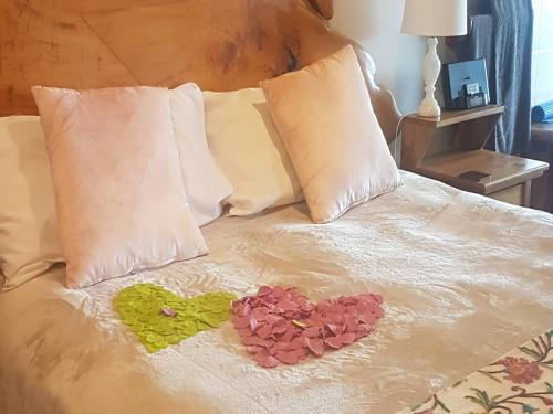 Maple suite perfect for romance
